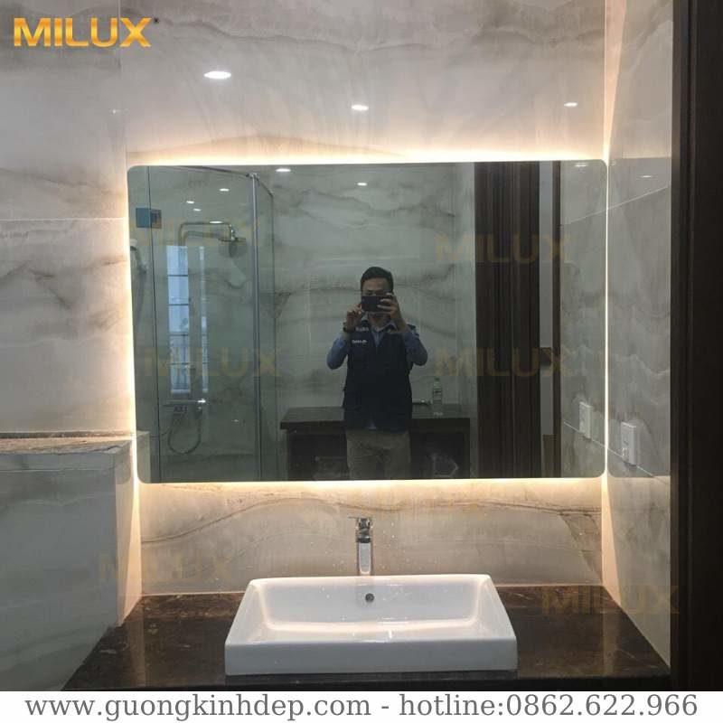Gương đèn led phòng tắm hiện đại Milux ML79-26